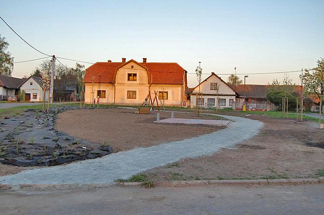 Park u kostela - Loučná Hora